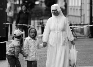 Hvordan bliver jeg nonne?