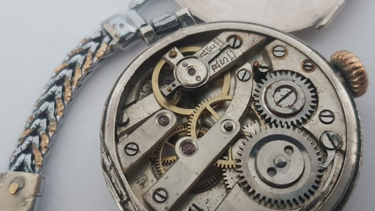 ur urmager mekanik tid