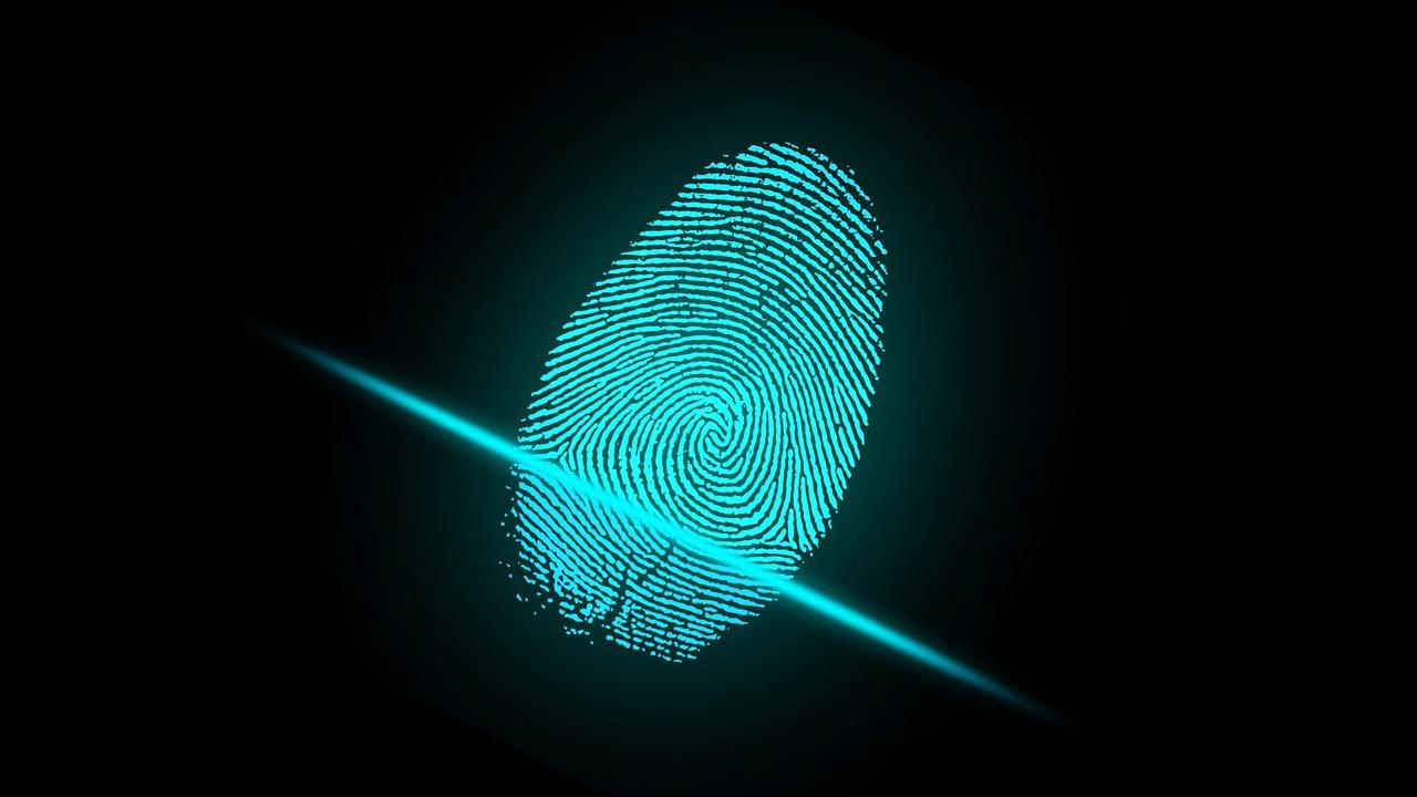 fingeraftryk politi efterforskning kriminaltekniker
