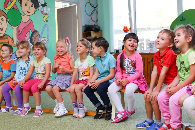 børnehave børn pædagog leg