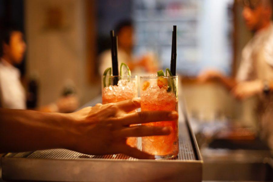 bartender drinks cocktails