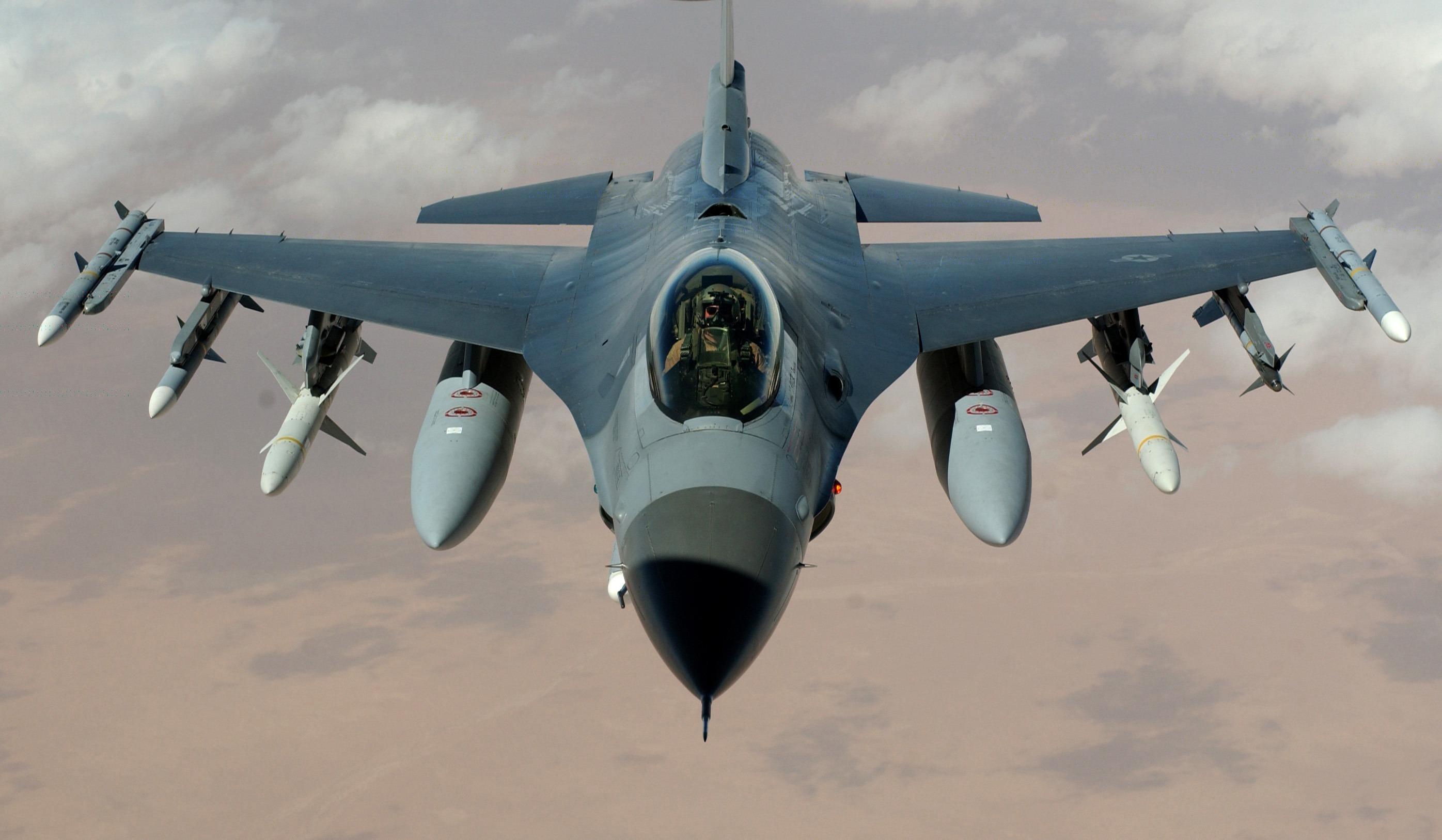 F16 pilot