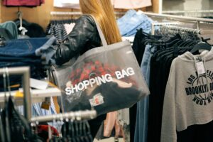 butik salg tøj