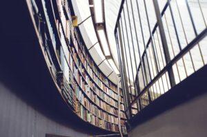 universitet uddannelse bøger