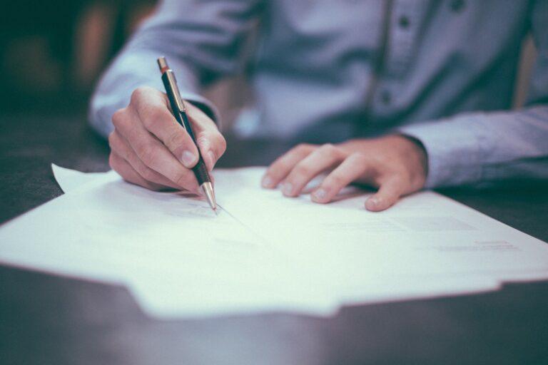 Aftale kontor advokat